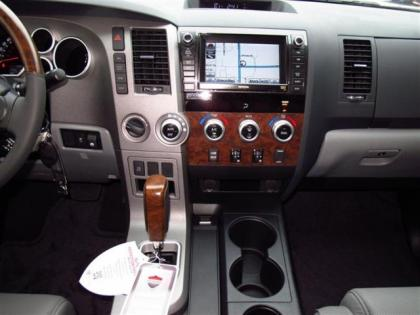 2013 TOYOTA TUNDRA PLATINUM - WHITE ON GRAY 6