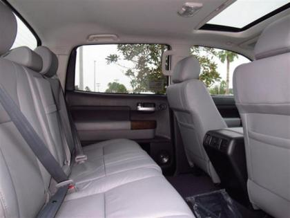 2013 TOYOTA TUNDRA PLATINUM - WHITE ON GRAY 8