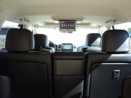 2013 TOYOTA LAND CRUISER V8 - SILVER ON BLACK 6