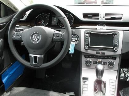 2013 VOLKSWAGEN CC EXECUTIVE - BLUE ON BLACK 5