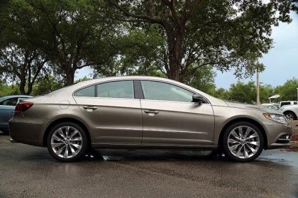 2013 VOLKSWAGEN CC VR6 EXECUTIVE - GOLD ON BEIGE 2