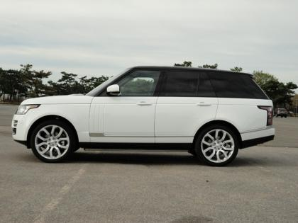 2014 LAND ROVER RANGE ROVER HSE - WHITE ON BLACK 4
