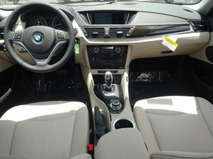 2015 BMW X1 SDRIVE 28I - BLACK ON GRAY 7