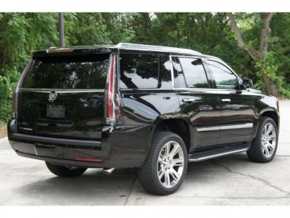 2015 CADILLAC ESCALADE LUXURY - BLACK ON BLACK 3