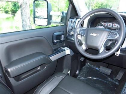 2015 CHEVROLET SILVERADO 2500HD - SILVER ON BLACK 5