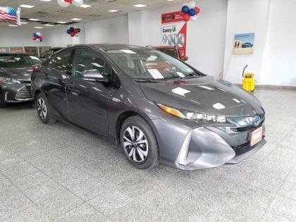 2017 TOYOTA PRIUS PRIME PREMIUM - GREY ON BLACK
