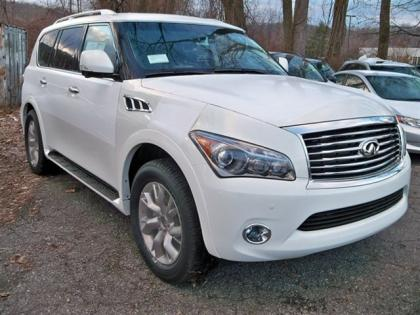 2013 INFINITI QX56 AWD - WHITE ON BLACK