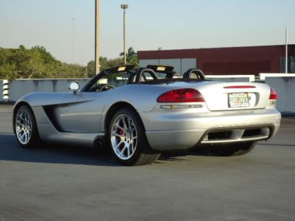 2004 DODGE VIPER SRT-10 - SILVER ON BLACK 4