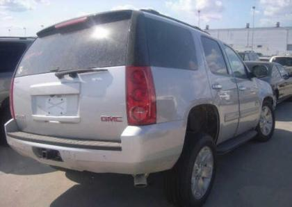 2013 GMC YUKON SLT - SILVER ON GRAY 4