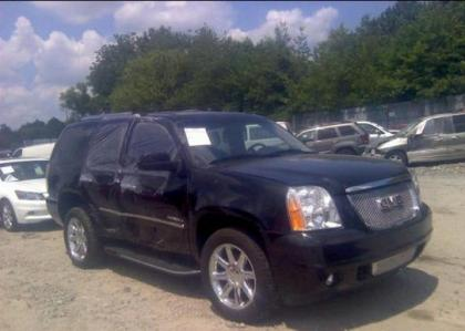 2013 GMC YUKON DENALI XL - BLACK ON BLACK