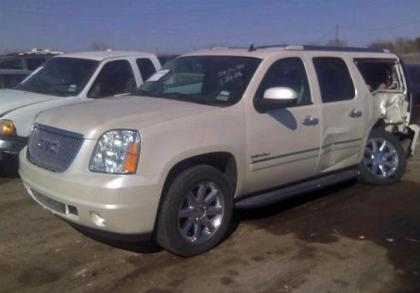 2013 GMC YUKON DENALI XL - WHITE ON BEIGE 2