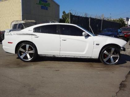 2011 DODGE CHARGER SXT - WHITE ON GRAY 3