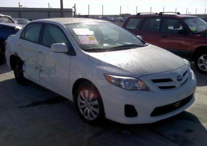2012 TOYOTA COROLLA LE - WHITE ON GRAY