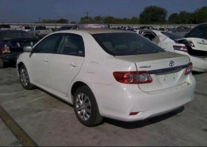 Beautiful ... 2012 TOYOTA COROLLA LE   WHITE ON GRAY 3 ...
