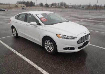 2013 FORD FUSION TITANIUM - WHITE ON BEIGE