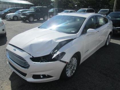 2013 ford fusion titanium white on beige 2