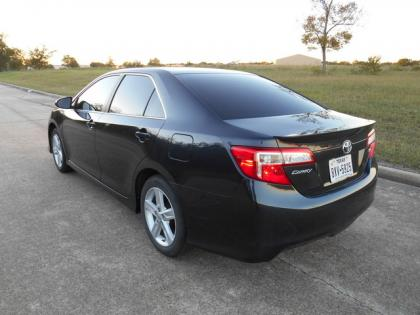 2013 TOYOTA CAMRY SE - BLACK ON BLACK 3