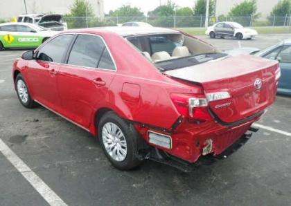 2012 TOYOTA CAMRY LE - RED ON BEIGE 3