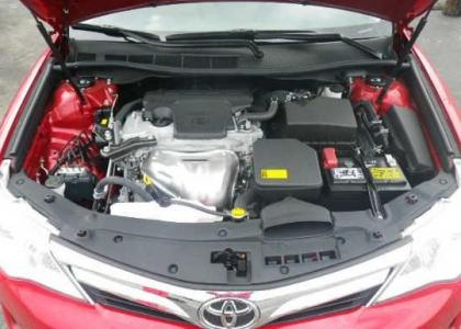 2012 TOYOTA CAMRY LE - RED ON BEIGE 8