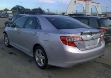 2013 TOYOTA CAMRY SE - SILVER ON BLACK 3
