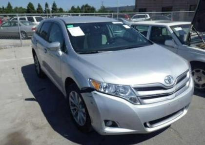 2013 TOYOTA VENZA LE - SILVER ON GRAY