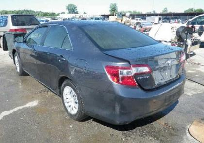 2012 TOYOTA CAMRY SE - GRAY ON GREY 3