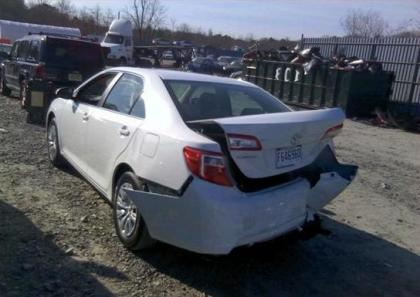 2013 TOYOTA CAMRY LE - WHITE ON BEIGE 3
