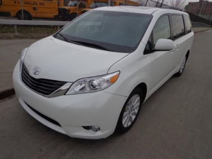 2012 TOYOTA SIENNA LIMITED - WHITE ON GRAY 2