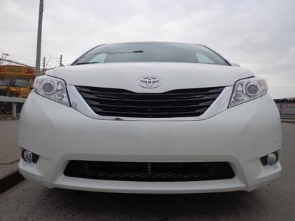 2012 TOYOTA SIENNA LIMITED - WHITE ON GRAY 3
