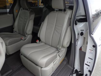 2012 TOYOTA SIENNA LIMITED - WHITE ON GRAY 6