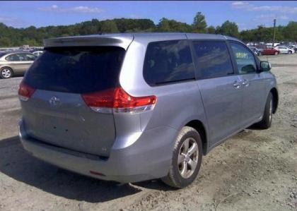 2012 TOYOTA SIENNA LE - SILVER ON GRAY 4