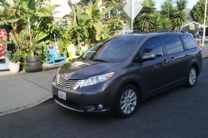 2012 TOYOTA SIENNA LIMITED - GRAY ON GRAY 2
