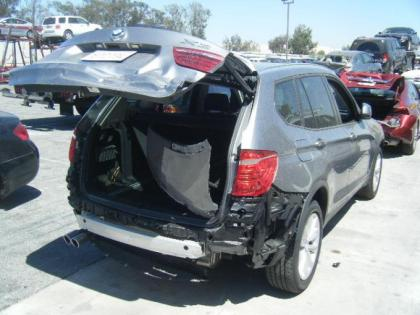 2015 BMW X3 XDRIVE28 - BLACK ON BLACK 4