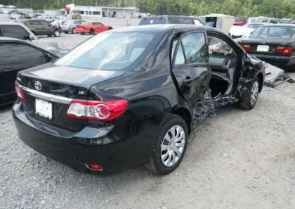 2012 TOYOTA COROLLA LE - BLACK ON GRAY 4