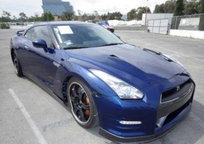 2014 NISSAN GT-R PREMIUM/BLACK EDIT - BLUE ON BLACK