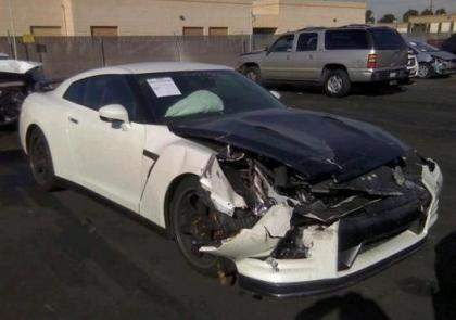2013 NISSAN GT-R PREMIUM - WHITE ON BLACK 1