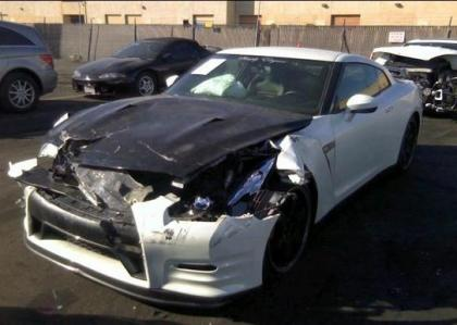 2013 NISSAN GT-R PREMIUM - WHITE ON BLACK 2