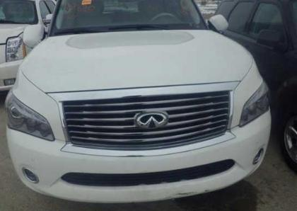 2012 INFINITI QX56 AWD - WHITE ON BEIGE 6