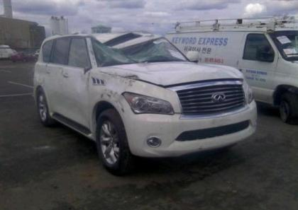 2013 INFINITI QX56 BASE - WHITE ON BLACK 6