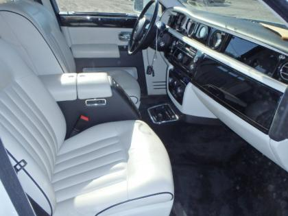 2008 ROLLS ROYCE PHANTOM BASE - WHITE ON WHITE 5