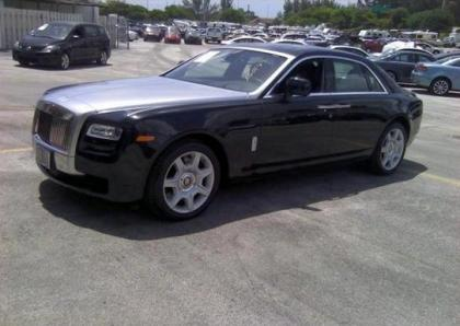 2011 ROLLS ROYCE GHOST V12 - BLACK ON BLACK 2
