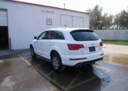 2011 AUDI Q7 PRESTIGE - WHITE ON BLACK 3