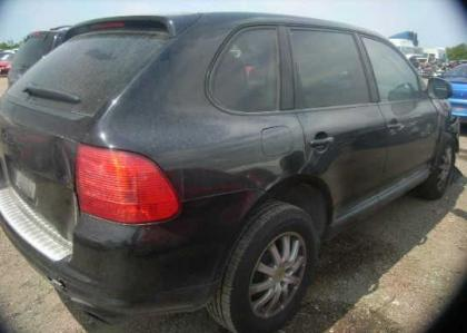 2006 PORSCHE CAYENNE V6 - BLACK ON BLACK 4