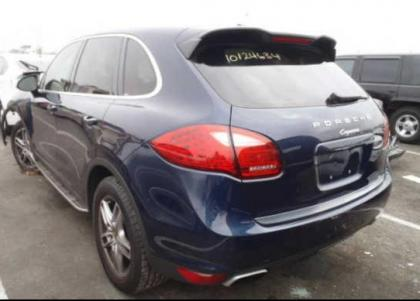 2011 PORSCHE CAYENNE BASE - BLUE ON BEIGE 3