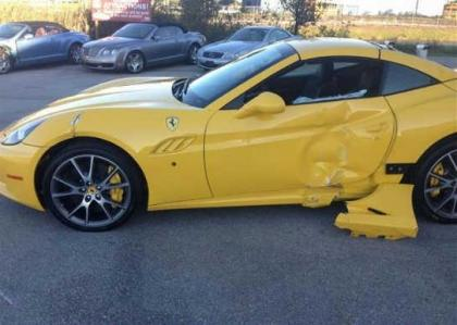 Export Salvage 2012 FERRARI CALIFORNIA BASE CONVERTIBLE