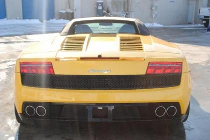 2010 LAMBORGHINI GALLARDO SPYDER - YELLOW ON BLACK 8