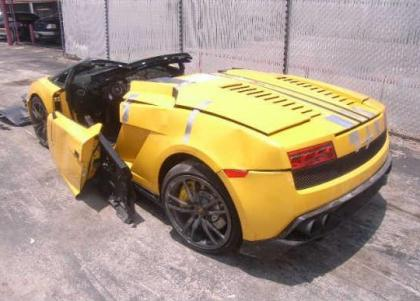 2012 LAMBORGHINI GALLARDO SPYDER - YELLOW ON BLACK 3