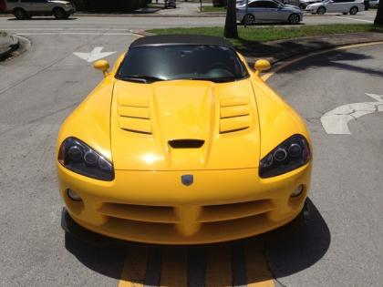 2010 DODGE VIPER SRT-10 - YELLOW ON BLACK 2