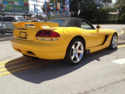 2010 DODGE VIPER SRT-10 - YELLOW ON BLACK 4
