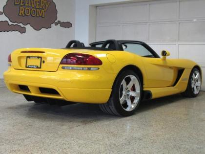 2009 DODGE VIPER SRT-10 - YELLOW ON BLACK 3